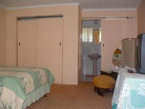 Waenhuis Gastehuis / Guesthouse Fochville Standard Rooms 5